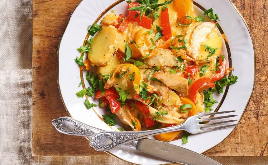 Cepti kartupeļi ar papriku un seleriju