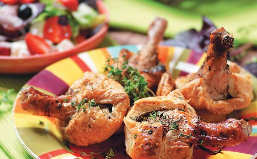 Mīklā cepti vistu stilbiņi recepte