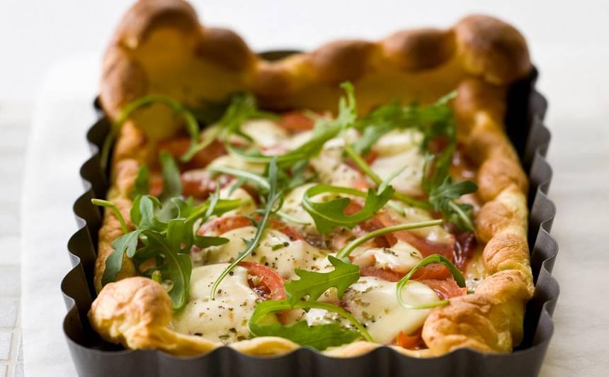 Pankūkas mīklas pica