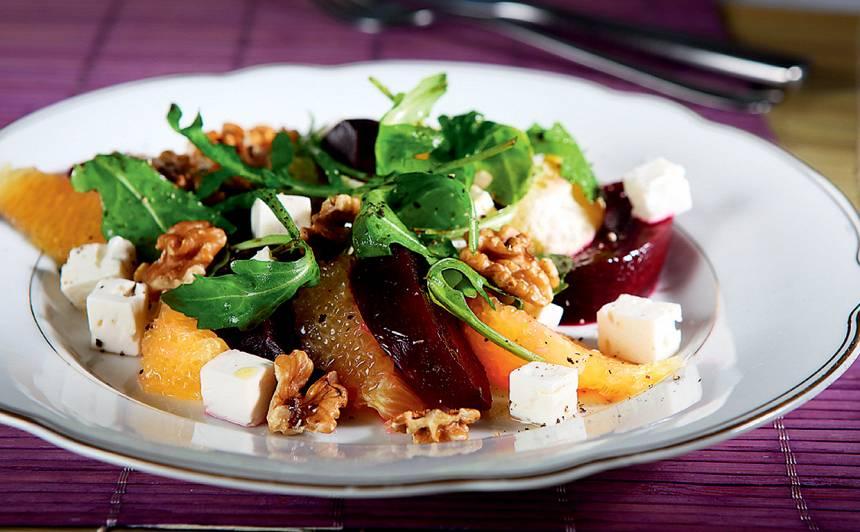 Biešu un apelsīnu salāti recepte