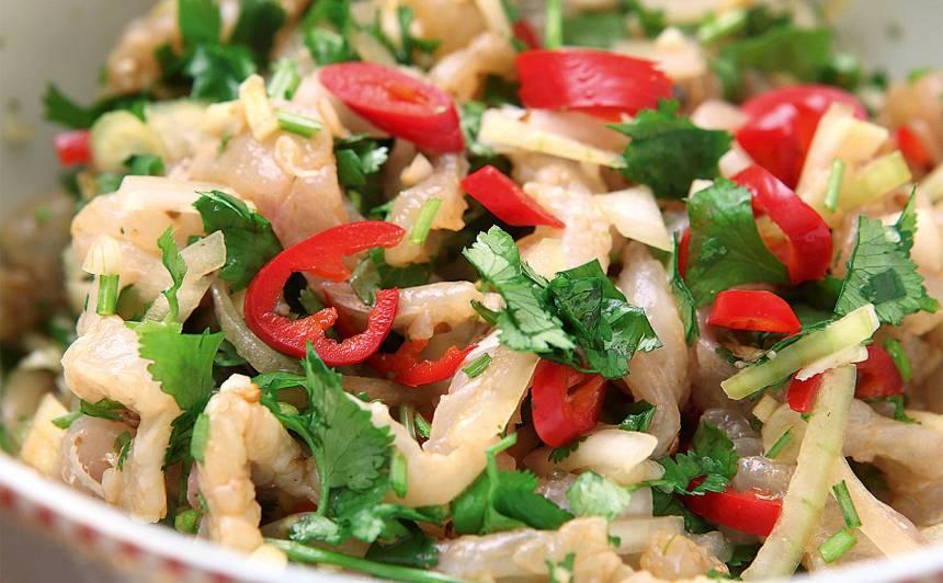 Zandarta filejas salāti korejiešu gaumē recepte