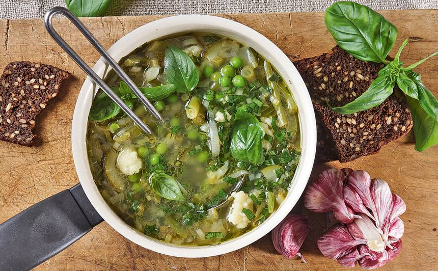 Vasaras dārzeņu zupa recepte
