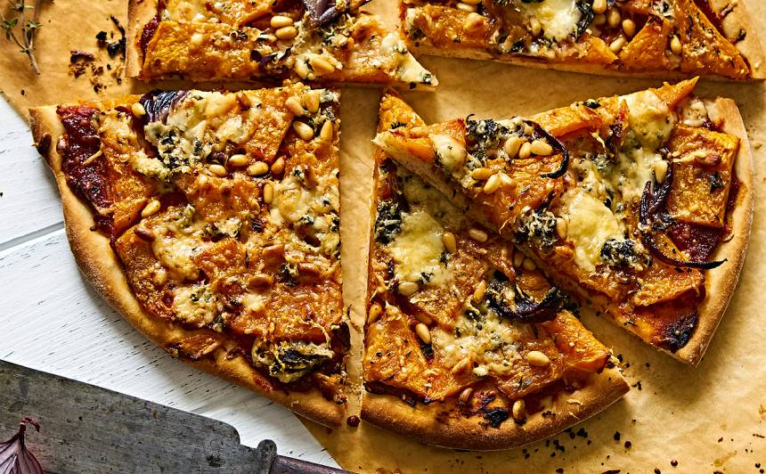 Ķirbja un zilā siera pica recepte