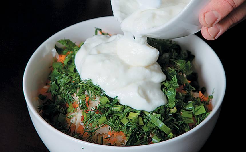Skābu kāpostu salāti ar krējumu recepte