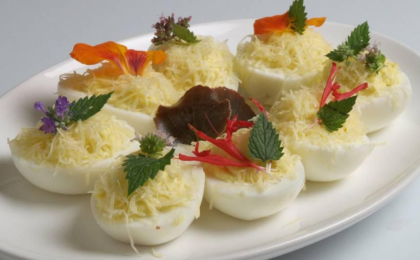 Pildītās olas ar sieru recepte