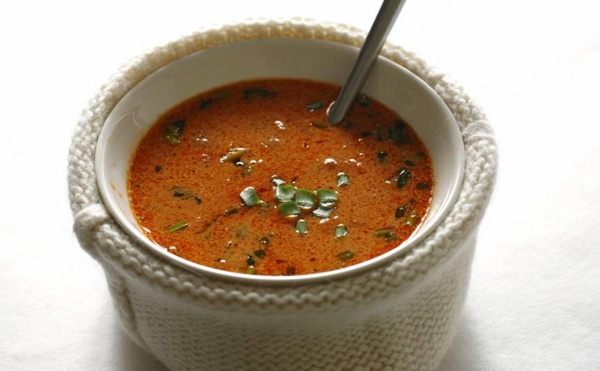 Tomātu un ingvera zupa