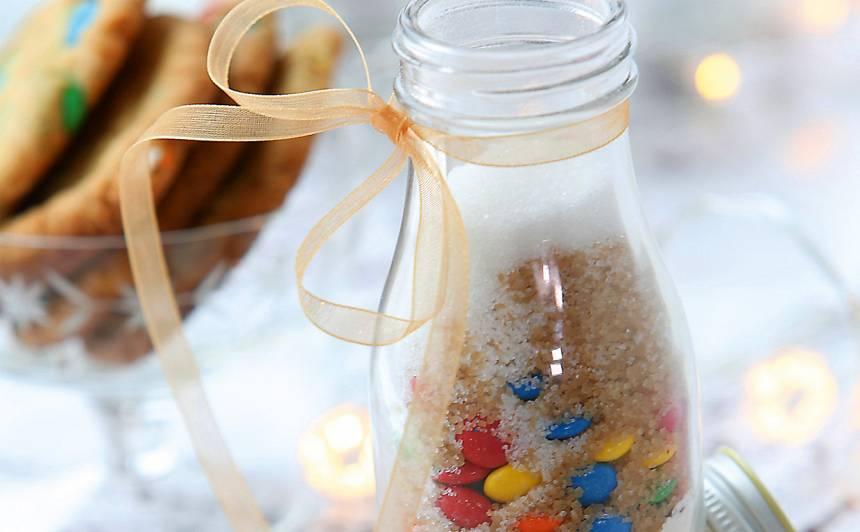 Dāvaniņa - cepumiņi ar M&M's konfektēm recepte
