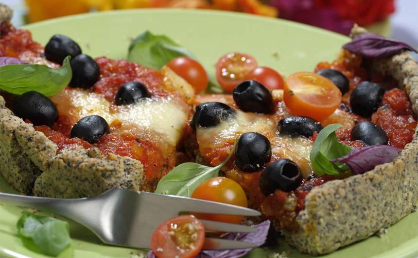 Magoņu mīklas tomātu sāļā kūka