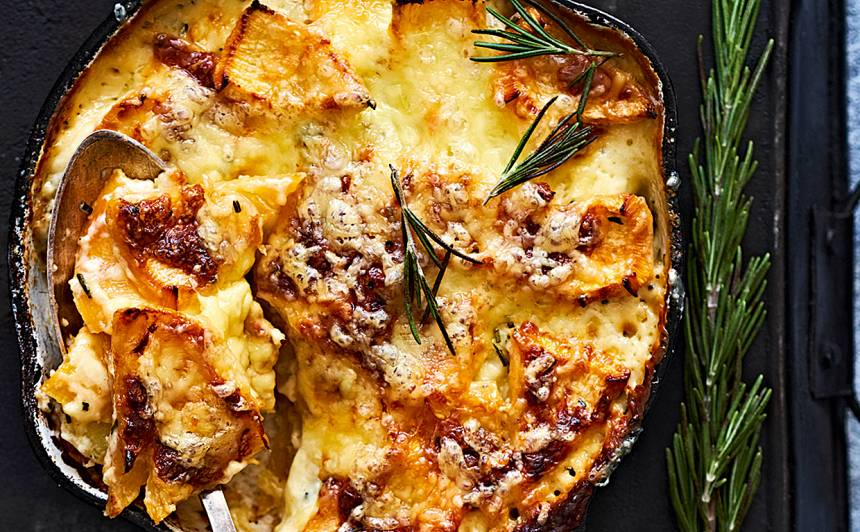 Rāceņu un kartupeļu sacepums