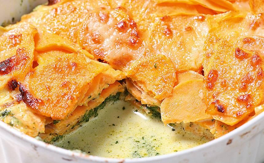 Saldo kartupeļu sacepums ar spinātiem  recepte