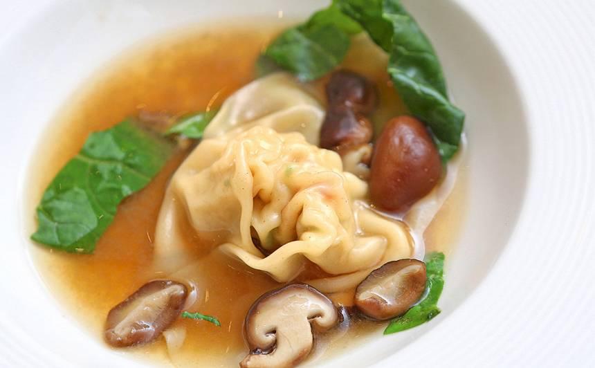 Garneļu un vistas gaļas Won Ton zupa