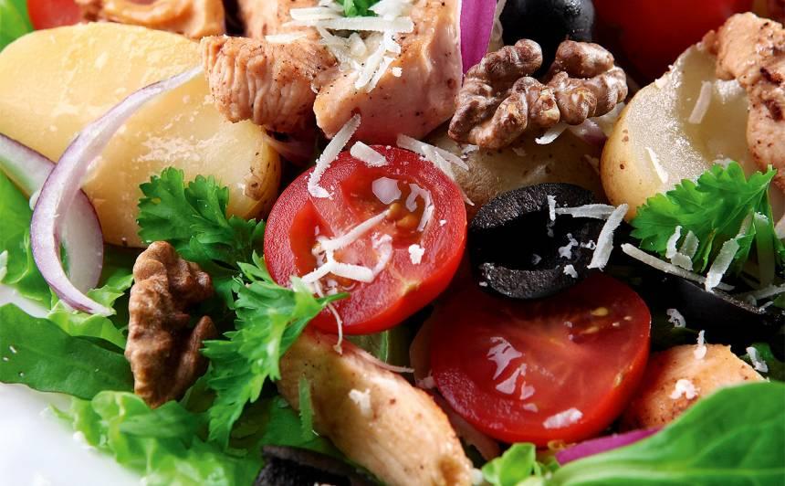 Jauno kartupeļu salāti ar vistas fileju recepte