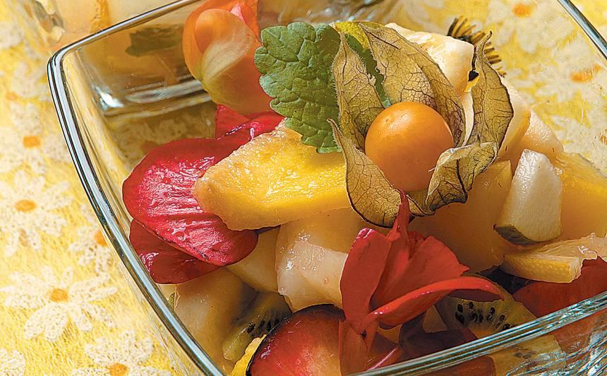 Ziedu, augļu un ogu salāti recepte