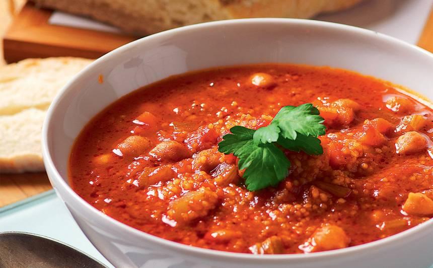 Zupa ar kuskusu un auna zirņiem recepte
