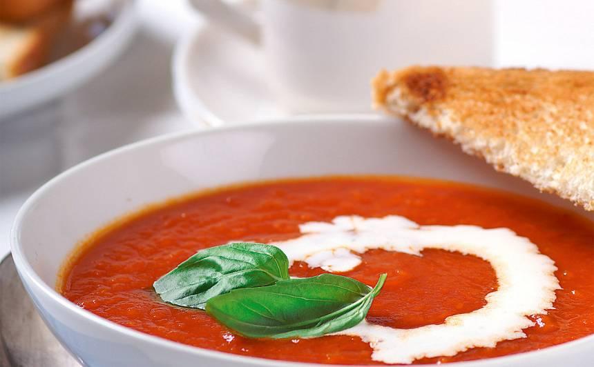 Pikantā tomātu zupa