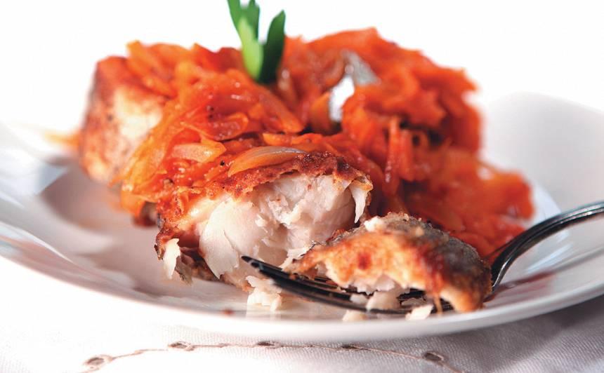 Cepta zivs dārzeņu marinādē recepte