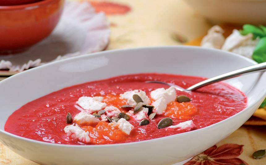 Aukstā biešu un fetas siera zupa recepte