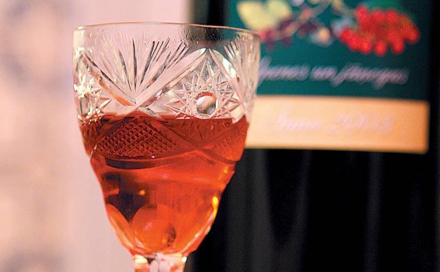 Pīlādžu vīns recepte