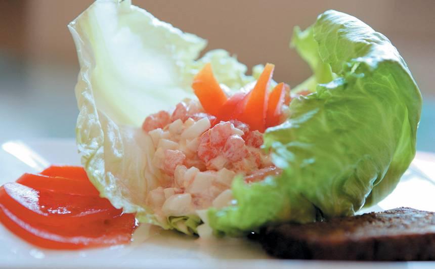 Kalmāra salāti recepte