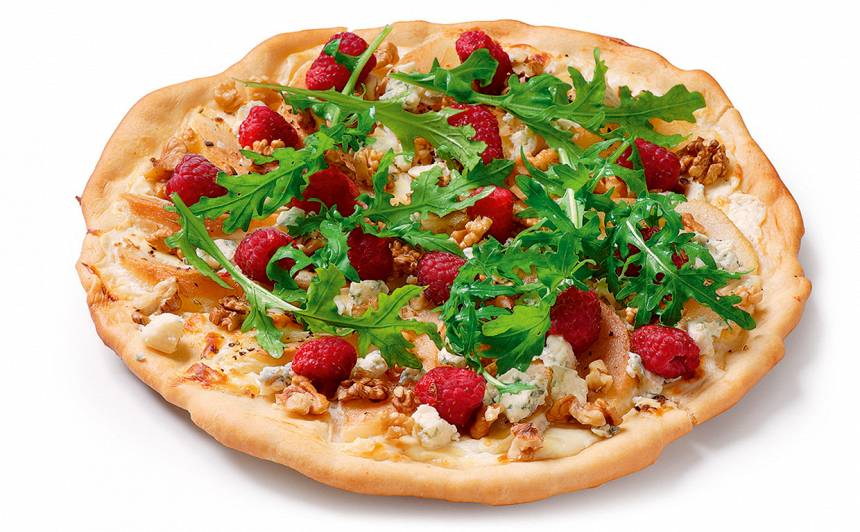 Pica ar zilo sieru, bumbieriem un avenēm recepte
