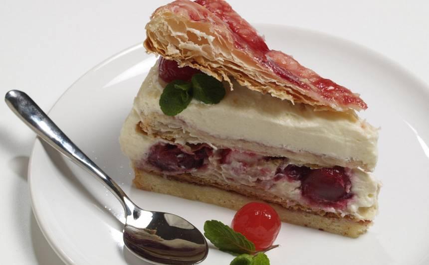 Holandiešu dubultā ķiršu kūka recepte