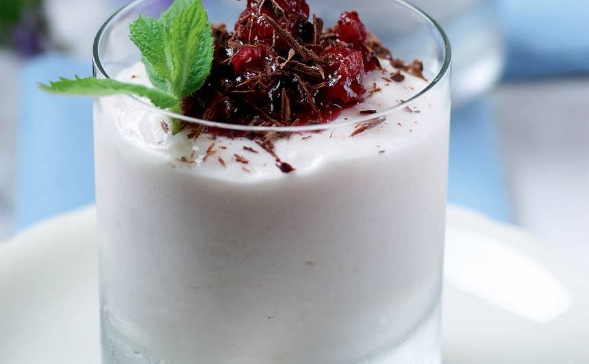 Ogu jogurta putojums recepte
