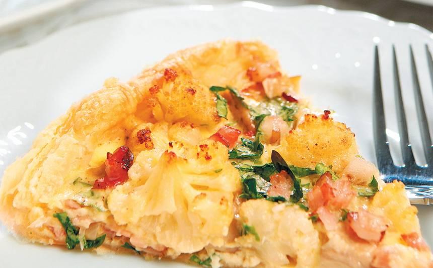 Ziedkāpostu pīrāgs recepte