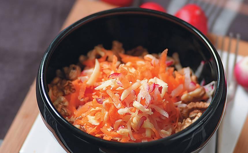 Siera, burkānu un redīsu salāti recepte