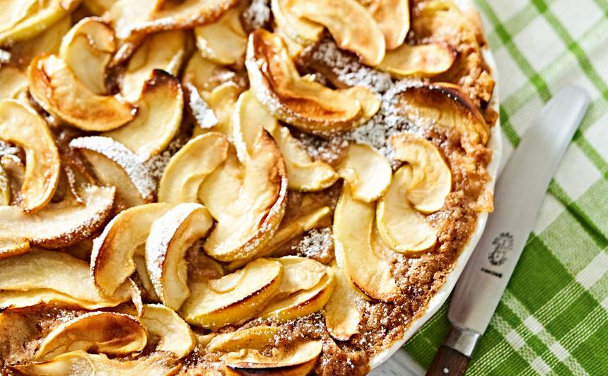 Ābolu un bumbieru kūka recepte