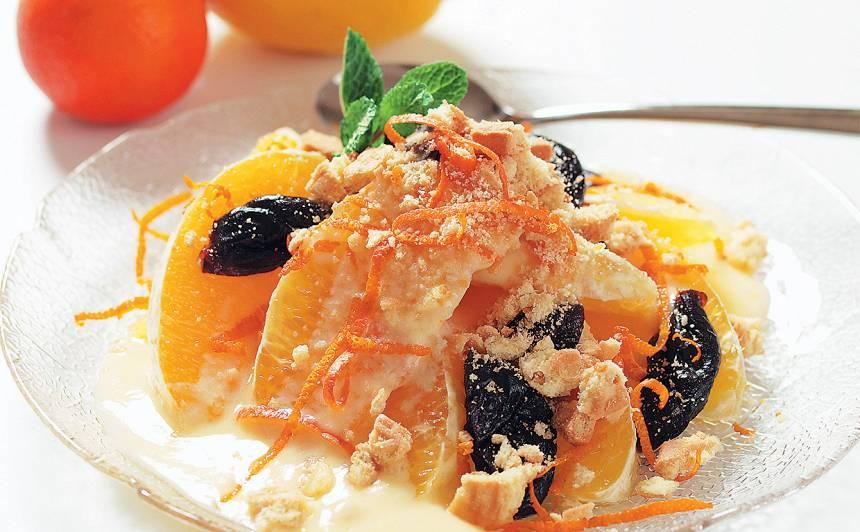 Apelsīnu un plūmju salāti recepte
