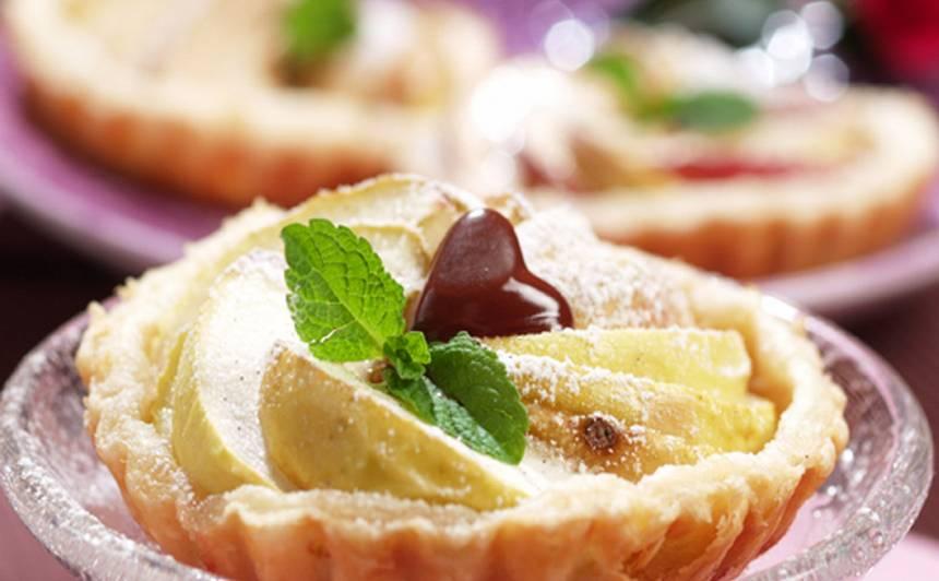 Ābolu tartes ar citronu krēmu