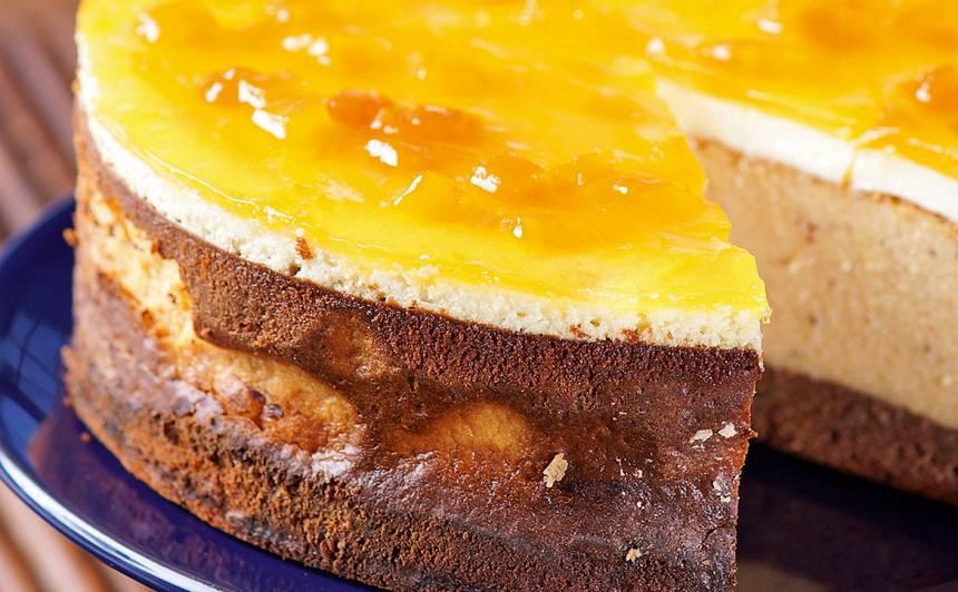 Ķirbja siera kūka ar krējumu un smiltsērkšķiem
