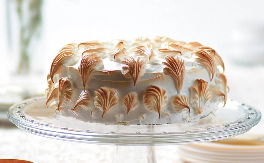 Putotu olas baltumu torte recepte