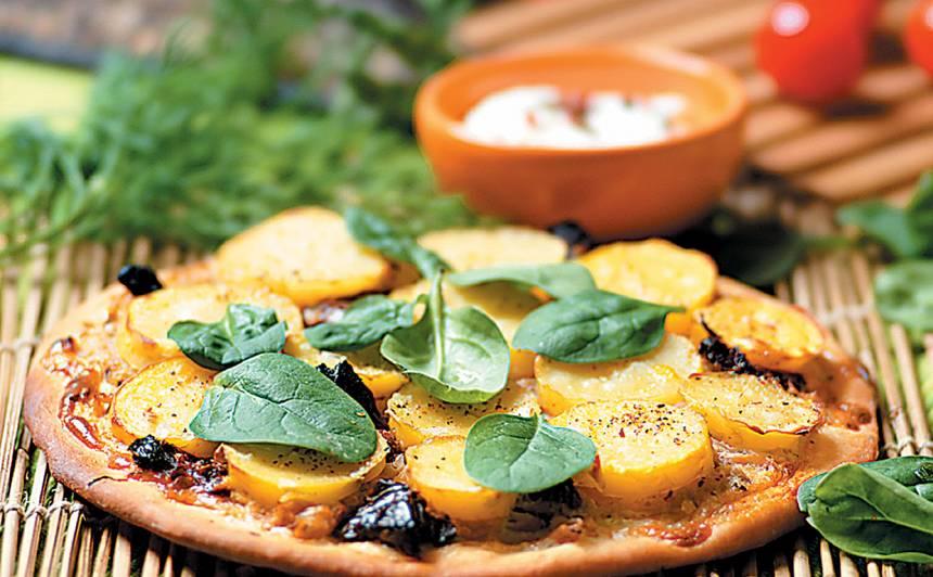 Pica ar kartupeļiem un kāpostiem