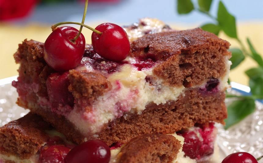 Nevienādā ķiršu kūka recepte
