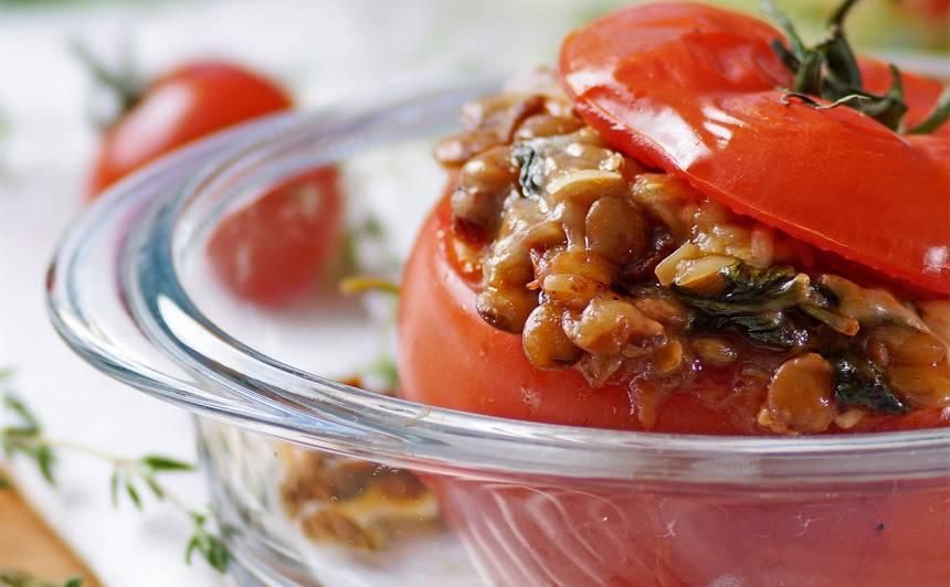 Ar lēcām pildīti tomāti recepte