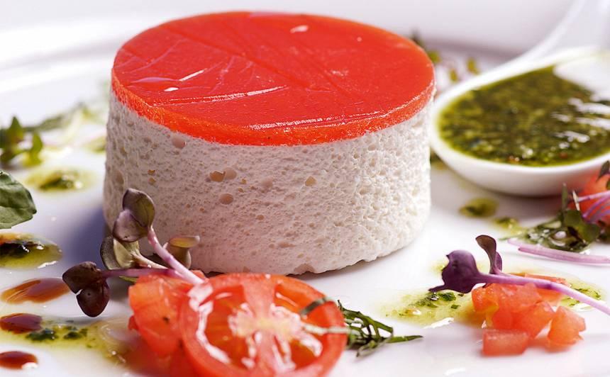 Baltais tomātu muss ar želejas cepurīti recepte