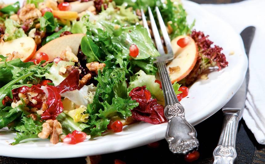 Ābolu un granātābolu salāti