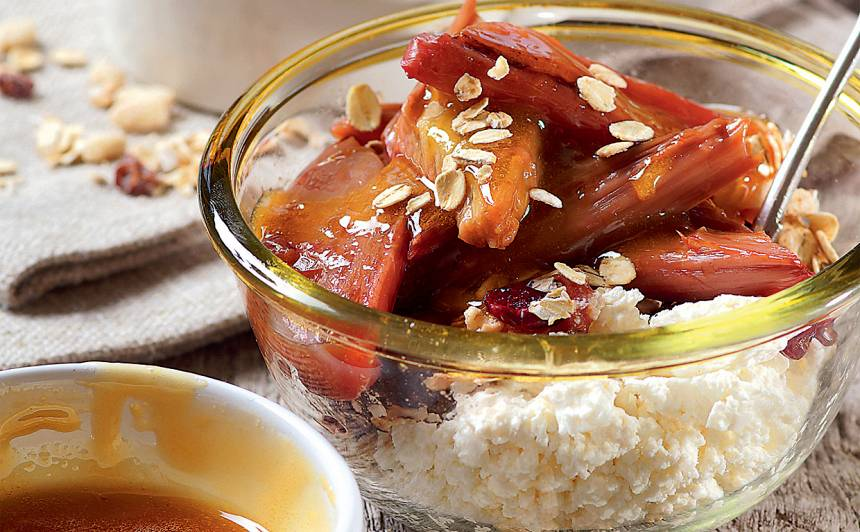 Rabarberu brokastis recepte