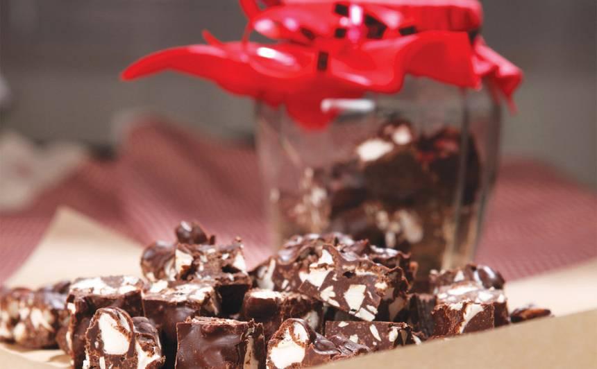 Šokolādes un marshmallow kvadrātiņi