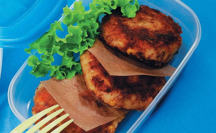 Kartupeļu plācenīši ar tunci un dārzeņiem recepte