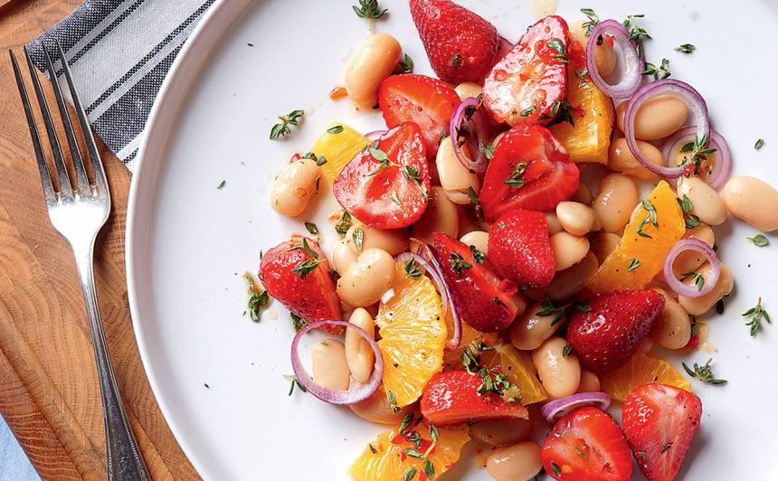 Pupu salāti ar zemenēm