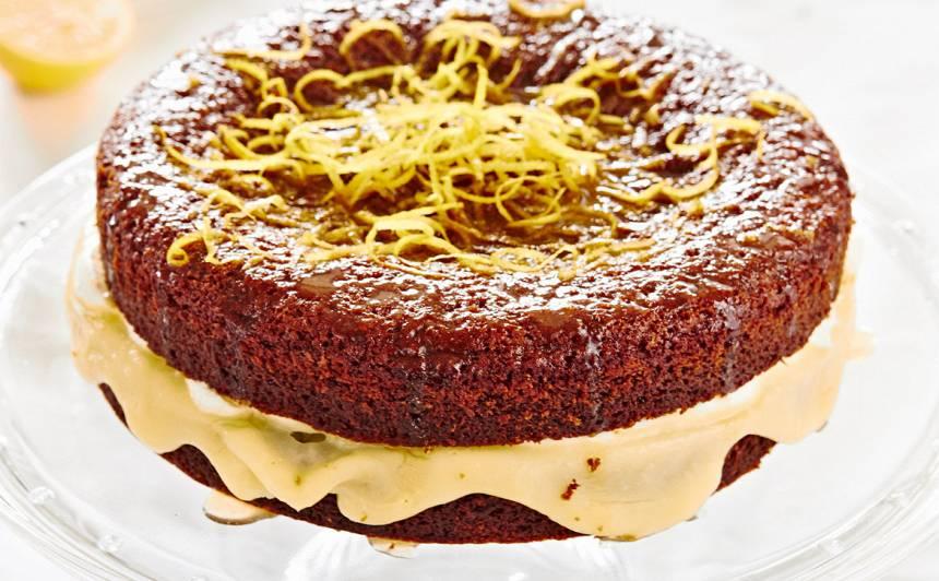 Sīrupainā citronu kūka ar ingveru