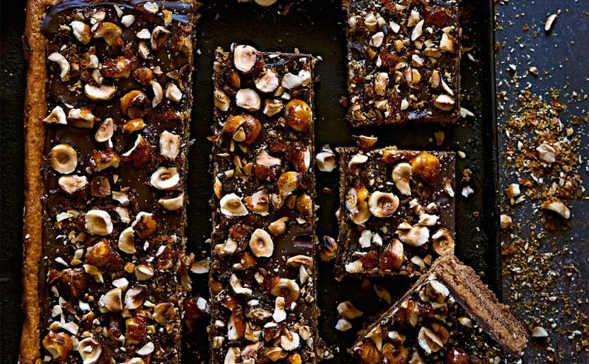 Karameles un šokolādes kārtojums recepte