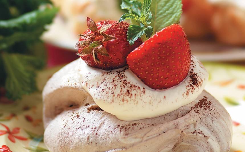 Bezē kūkas ar kakao recepte