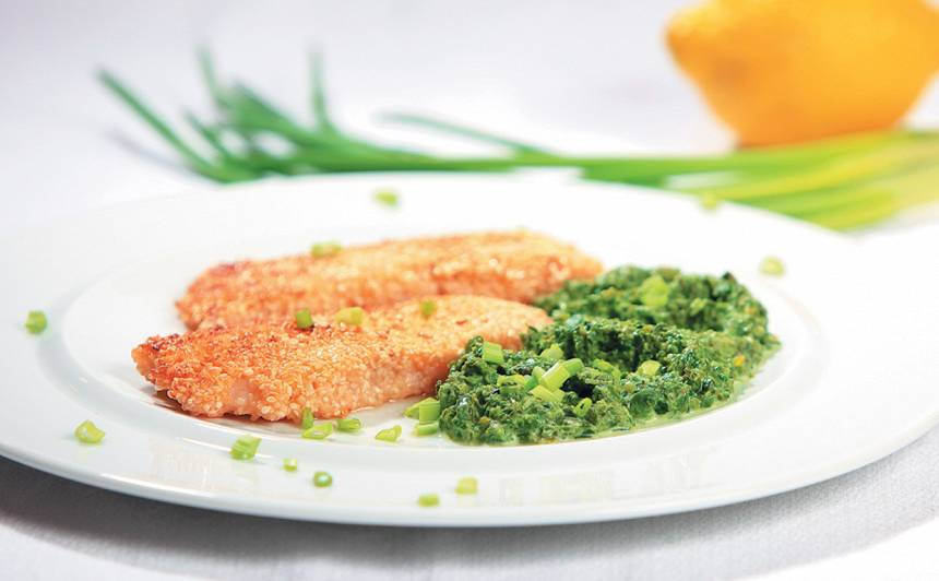 Cepta zivs fileja ar spinātu biezeni recepte