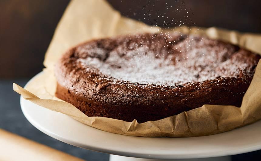 Tradicionālā itāļu kūka Torta caprese recepte