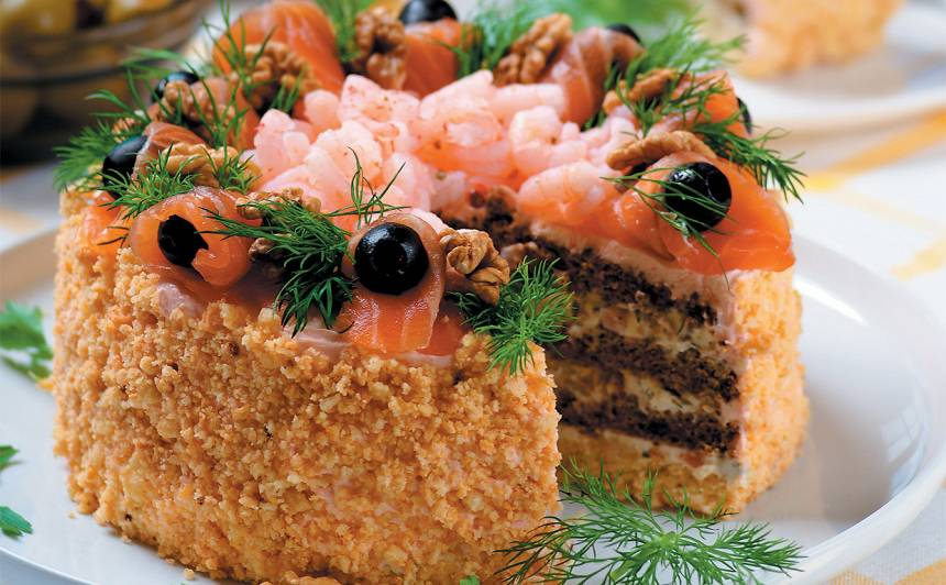 Laša un garneļu torte