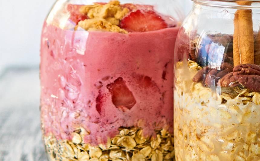 Brokastu burciņa ar sablendētām zemenēm recepte