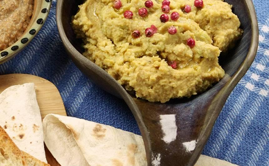 Avokado krēms ar turku zirņiem recepte